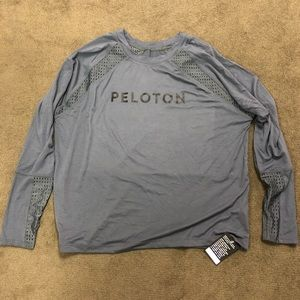 NWT Peloton x Onzie Gray Vented Pullover size XL